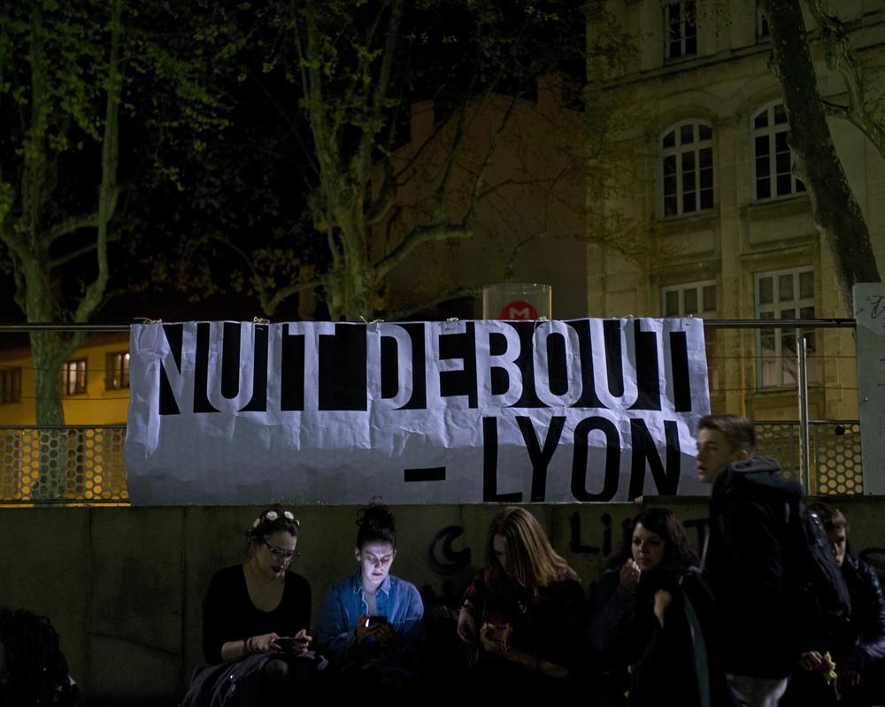 NUIT DEBOUT LYON LE 10 AVRIL 2016 AG ET COMMISSIONS PLACE GUICHARD LYON 3EME