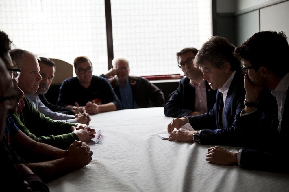 Rencontre avec les organisations syndicales Sud et CGT du site d'Arcelor de Florange, Moselle. 13 octobre 2016