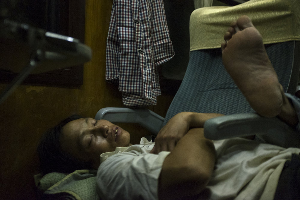 MFache_South-North- l'Express de la Réunification_Vietnam_0017.jpg