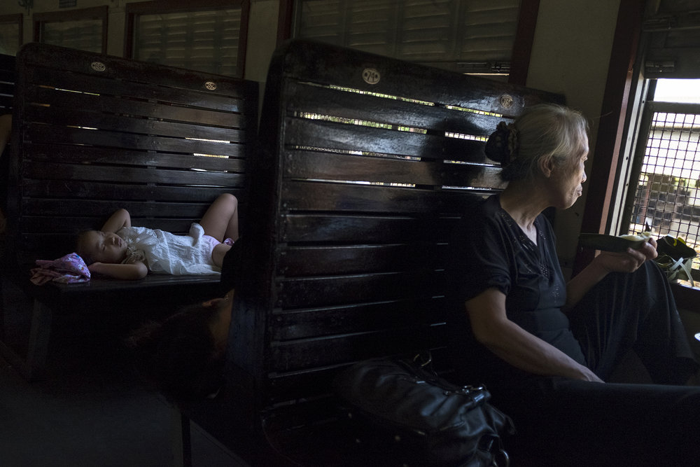 MFache_South-North- l'Express de la Réunification_Vietnam_0025.jpg