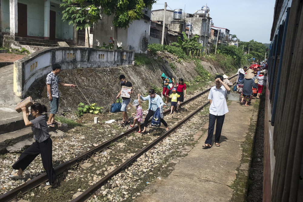 MFache_South-North- l'Express de la Réunification_Vietnam_0027.jpg