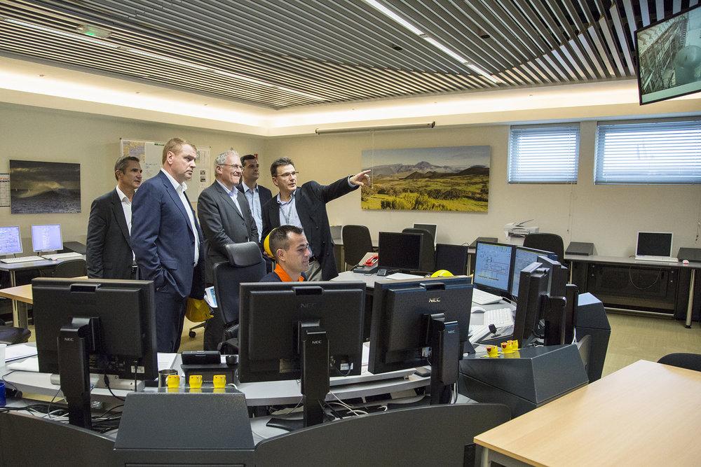 Visite de Jean-Bernard Levy, PDG d'EDF à la Centrale PEI et Port Est de la ville du Port. Ile de La Reunion_Ocean Indien
