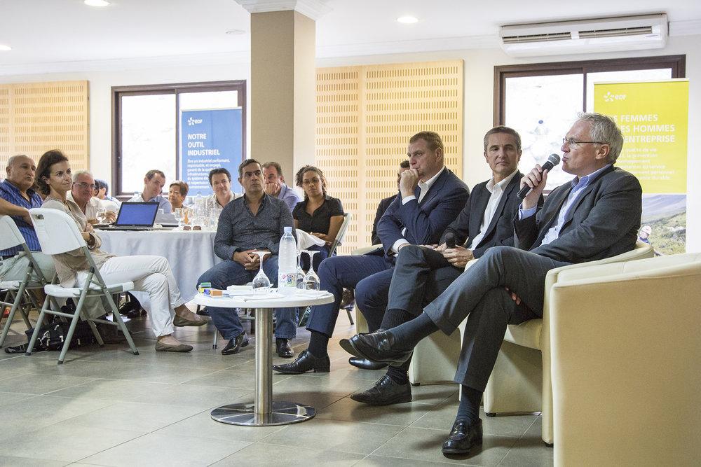 Février 2016. Echange de Jean-Bernard Levy, PDG d'EDF avec l'Encadrement elargi à Saint-Pierre. Ile de La Reunion_Ocean Indien