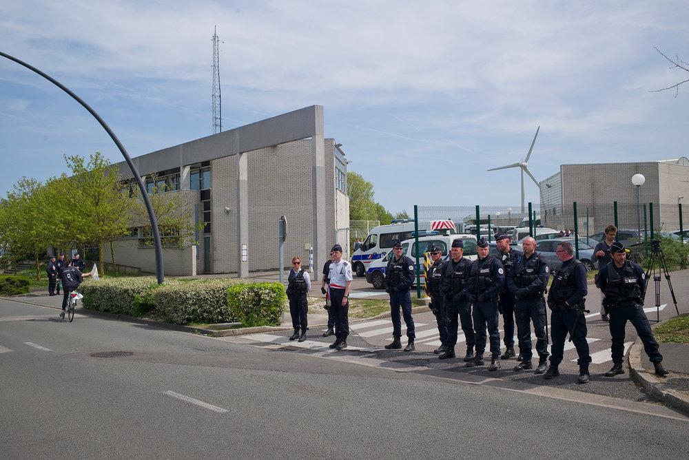 Mobilisation devant le CRA de Coquelles. Nord, 7 juin 2016