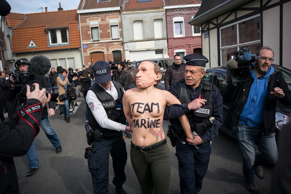 Interpellations de six militantes Femen dans la matinée du 23 avril 2017 à Hénin-Beaumont