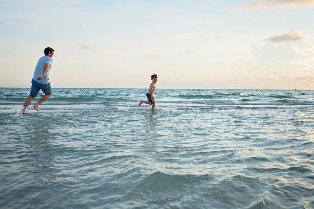 beachphotosessionsstpete.jpg