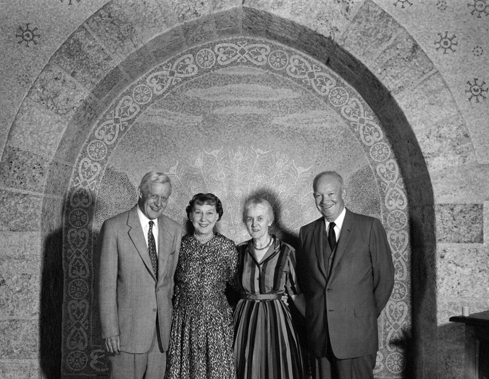 Figure 3: When the Pitcairns lived at Glencairn, the niche was a popular place for family pictures and portraits with important guests. Here Raymond and Mildred Pitcairn pose with President Eisenhower and his wife, Mamie, in front of the peacock niche.