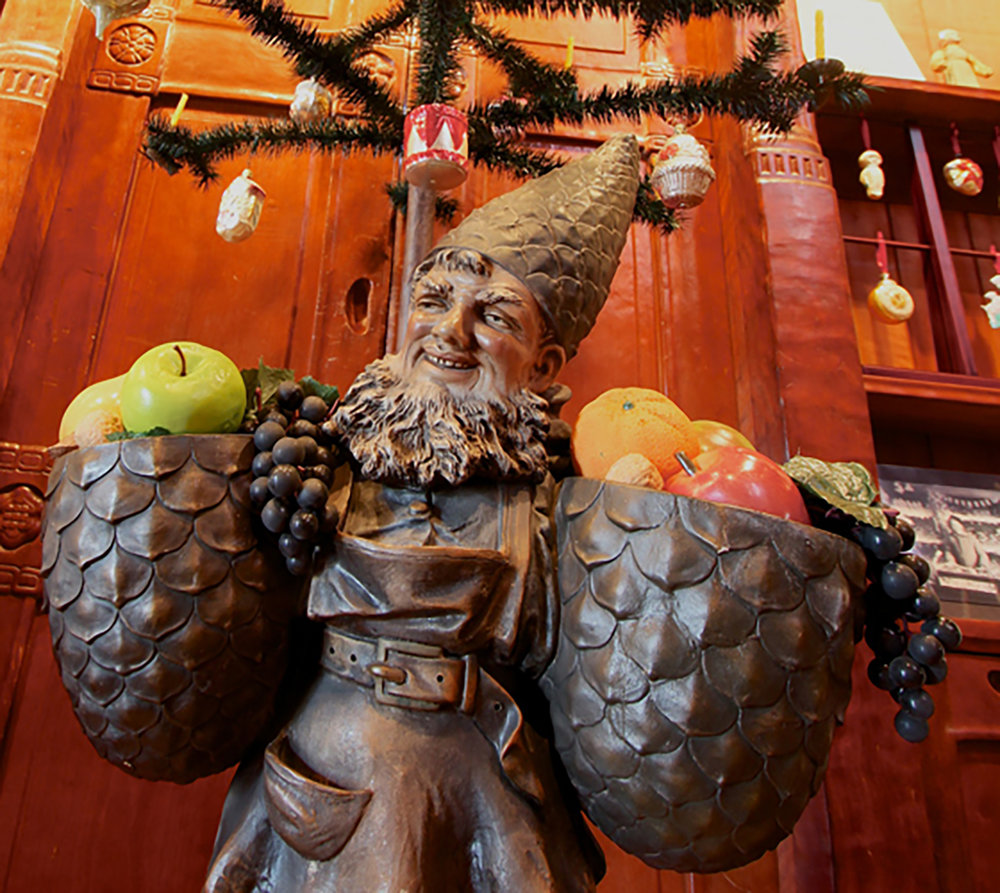 Johann Maresch garden gnome Christmas tree stand.