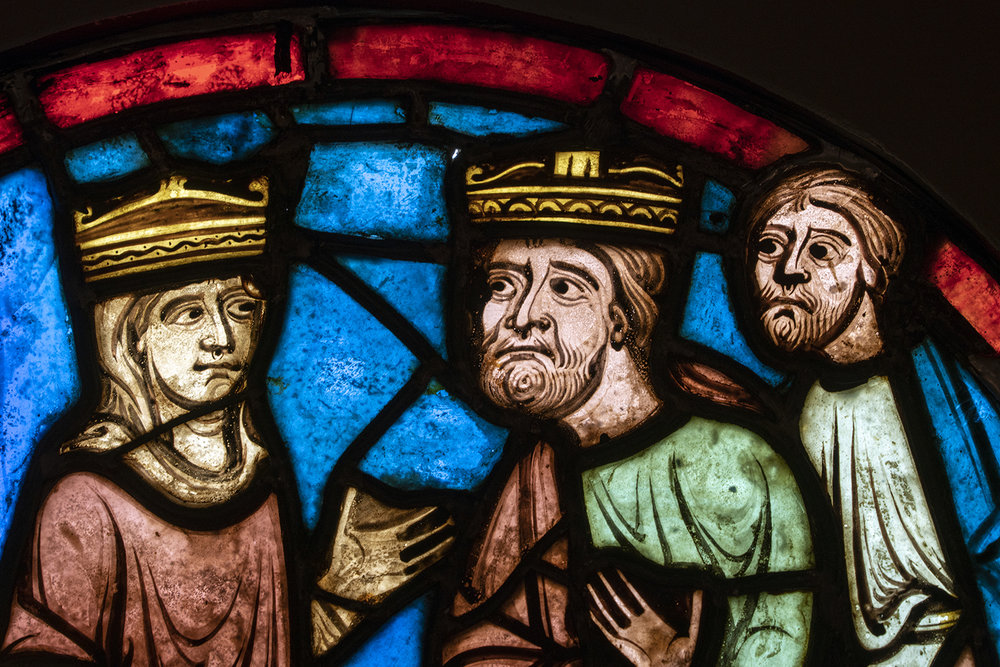 Figure 8: Detail from stained-glass roundel from the Church of Saint-Martin, Breuil-le-Vert, France, c. 1235. Queen Herodias and King Herod in conversation (03.SG.109). See lead photo for full roundel.