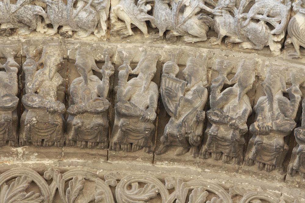 Figure 4: Elders framing the doorway of the Abbaye-aux-Dames, Saintes, France, c. 1120. Photograph by Julia Perratore.
