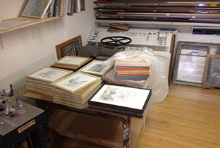 Framing2_0007_special commission exhibition framing (1).jpg