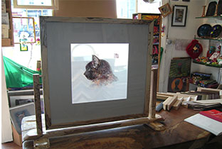 Framing2_0009_special commissions silk stitching  double sided glass.jpg