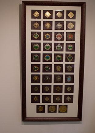 Framer1_0000_memorebelia medals plenty in one.jpg