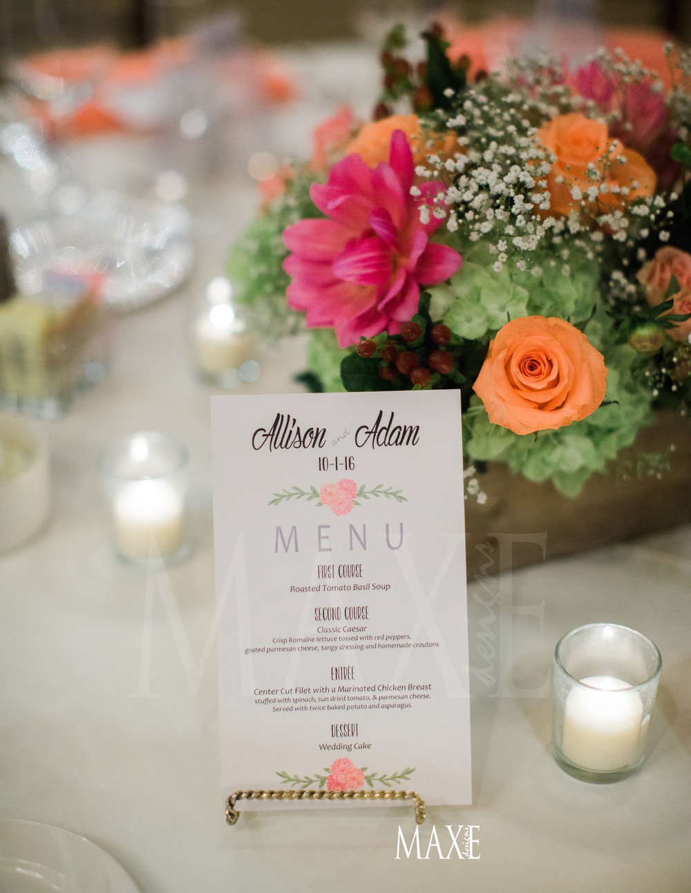 Allison & Adam continued their one-of-a-kind style with their dinner menu's presented as another touch to their table décor.
