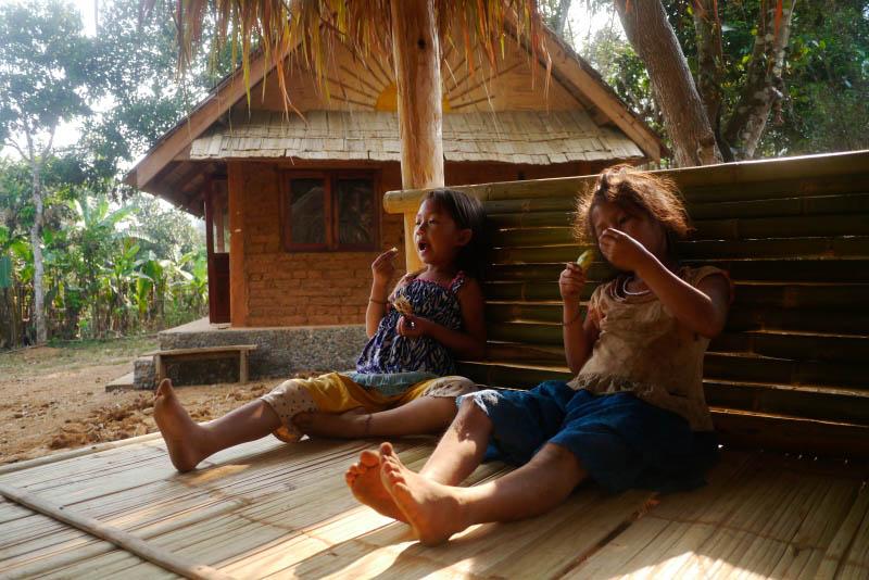 laos-long-lao-fair-trek-kids-at-eco-bungalow-project-tiger-trail-07jpg_14186954122_o.jpg