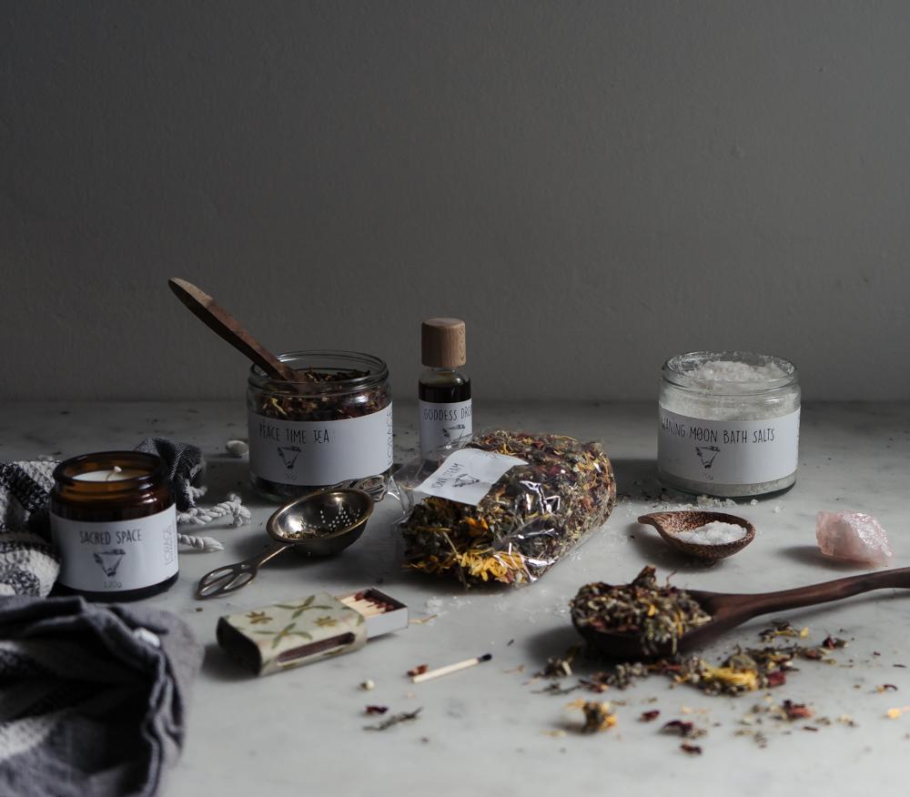 Forage Botanicals PMS kit | Seeds and Stitches-2.jpg