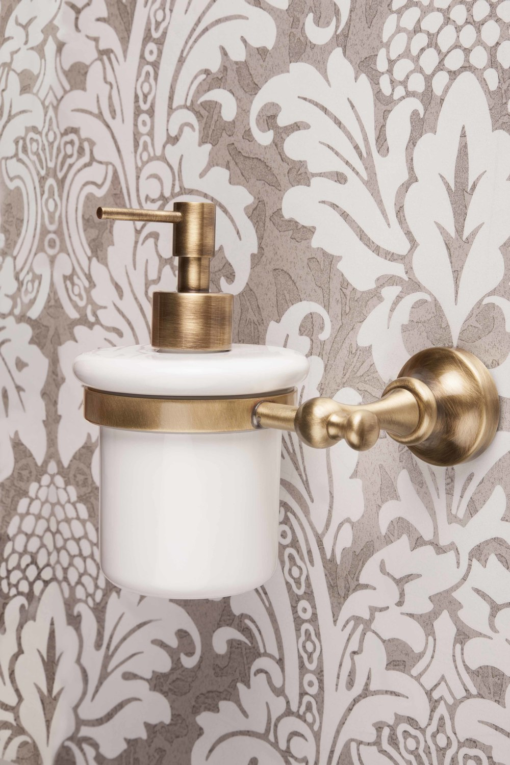 bathroom accessories luxury bathrooms glasgow - Bathroom Accessories Luxury