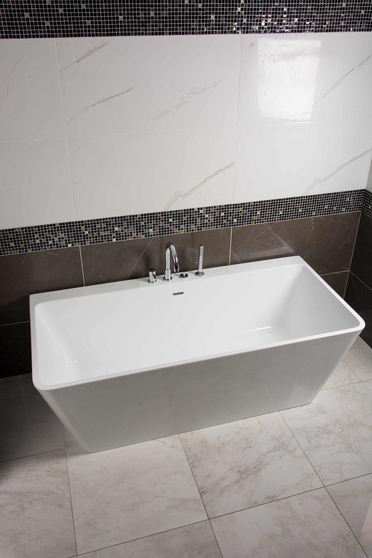 M-Line Bath Tub.jpg