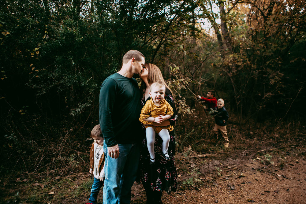 KE Documentary is in Plano Texas November 4th 2018 for fall family mini sessions!  Sign up today!