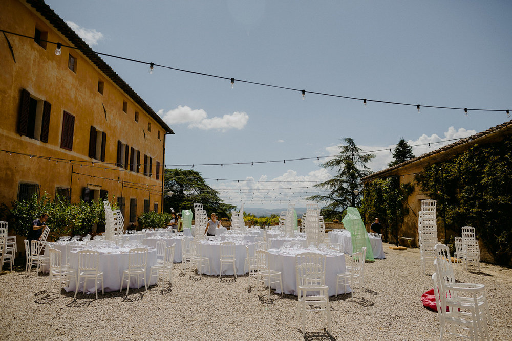 00011_villa-catignano-tuscany-wedding.jpg