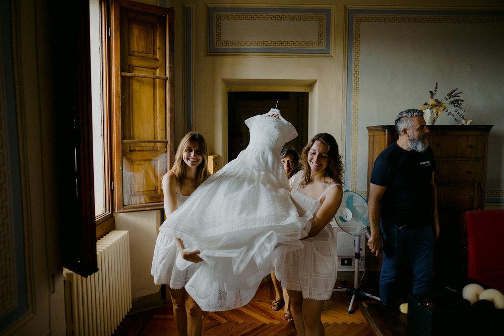 00034_villa-catignano-tuscany-wedding.jpg