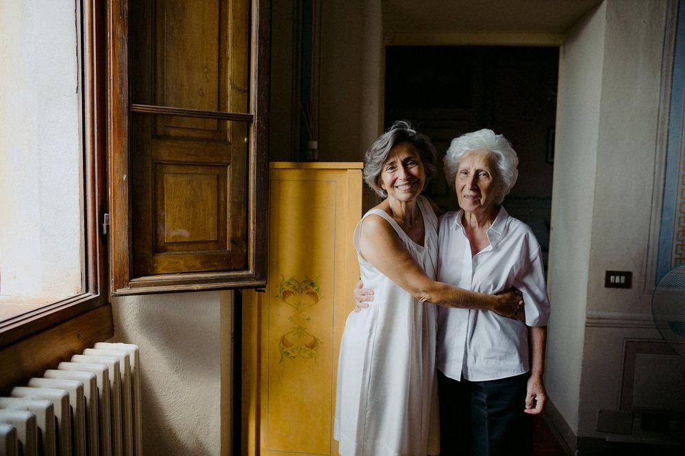00042_villa-catignano-tuscany-wedding.jpg