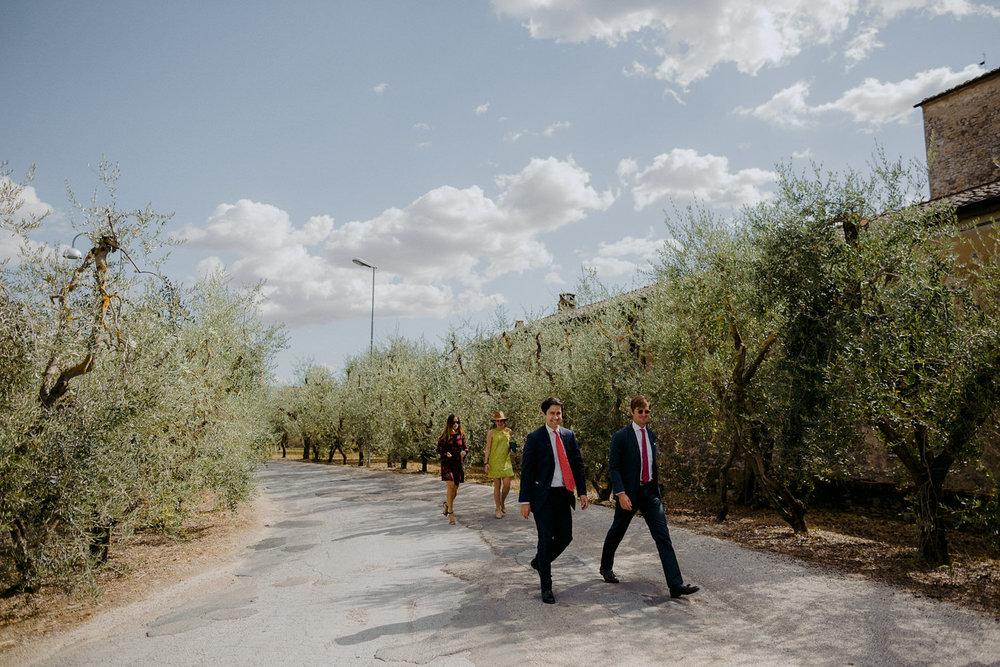 00105_villa-catignano-tuscany-wedding.jpg