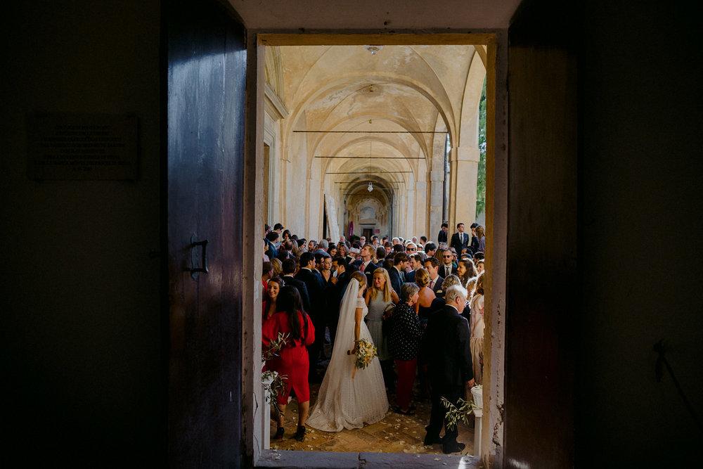 00161_villa-catignano-tuscany-wedding.jpg