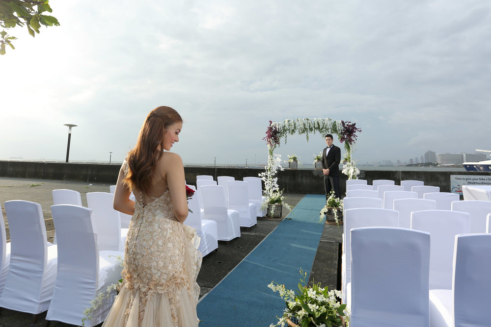 Avail our Wedding by the bay package!