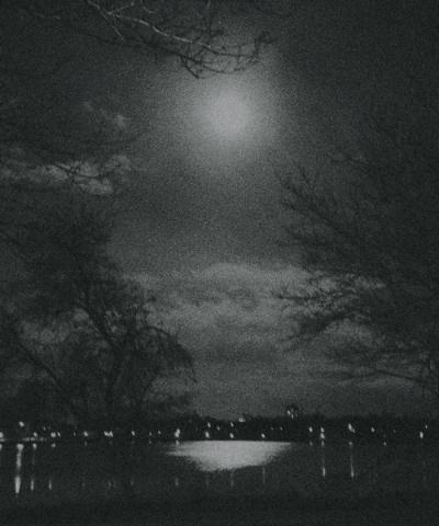 full moon over como