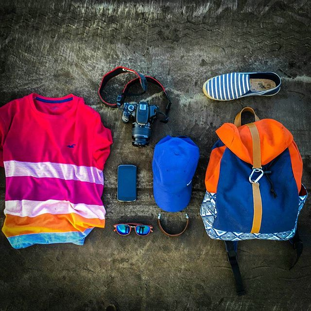 Summer feels! #summer #beach #watersports #holister #nike #canon_official #outfitoftheday #red #stripes #orange #blue #sand #bagpack #wooden #shades #holisterco #hcosummeris