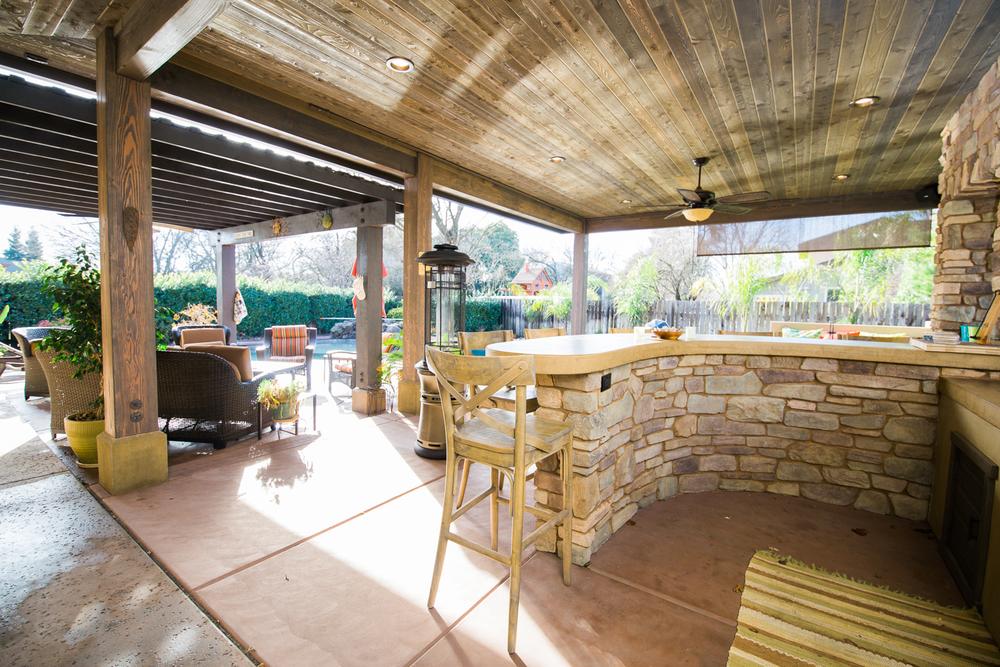 airehart-construction-chico-home-pool house-custom-beautiful-31.jpg