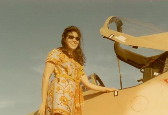 Lois Plane2.jpg
