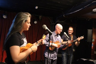 TheFolkUkes at Open Mic Ailsa Tavern