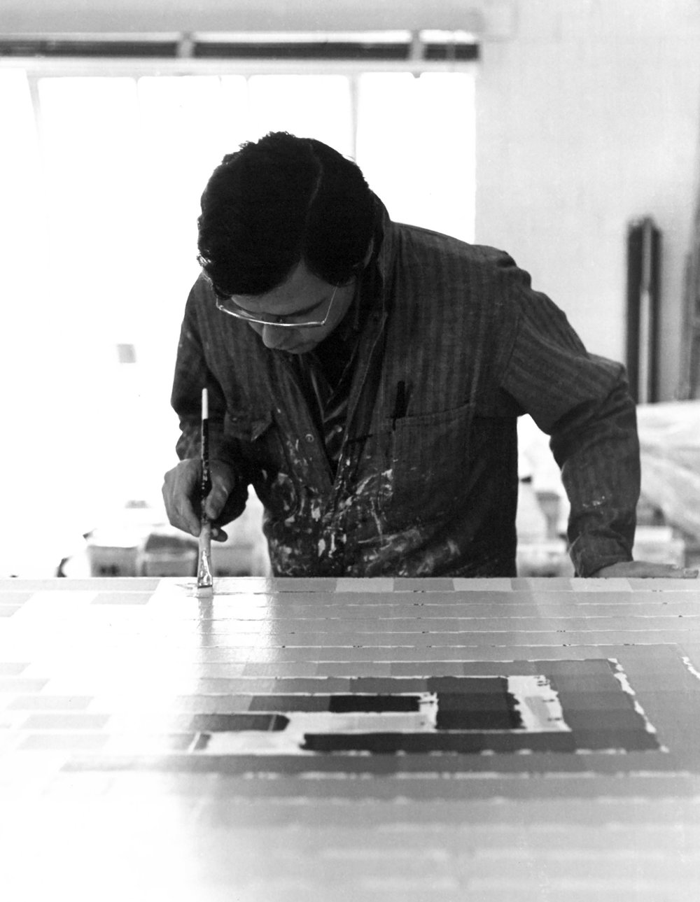 vernon pratt at work in his studio.