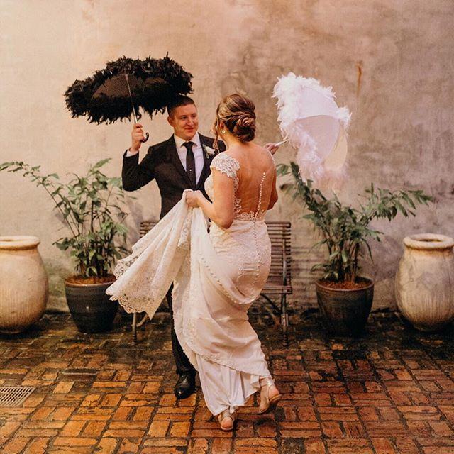 Moments like these 💕 • Photo @kristensoileauportraits Courtyard @bevolo • #clarkandkelly #weddingplanner #nolaweddingplanner #weddingstyle #intimatewedding #boutiquewedding #elopement #elope #elopmentcollective #letselope #elopementphotographer #elopenola #realcouple #bevolo #bevoloevents #frenchquarterwedding #frenchquarter #followyournola #wednola