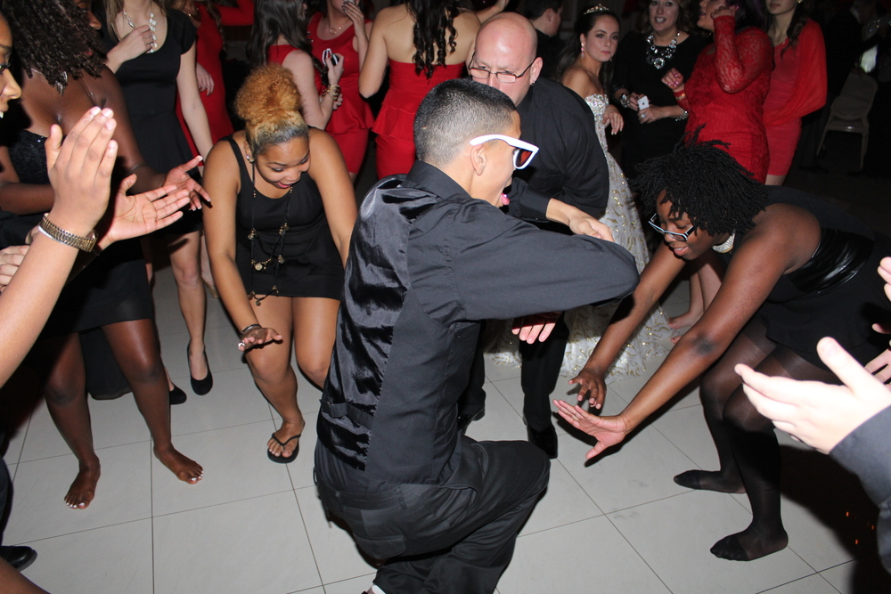 Sweet 16 Dancefloor 3 - with Dancer.JPG