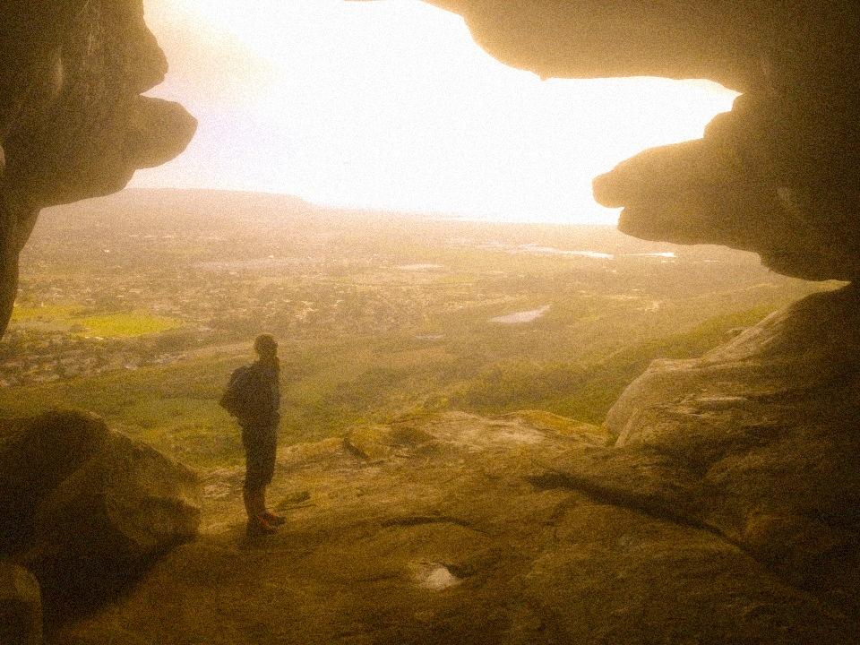 Peer's Cave