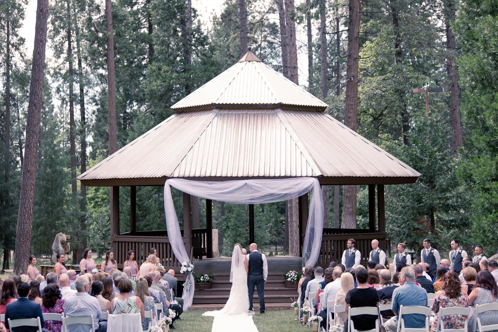 Lindsey & Mike - Married -363.jpg