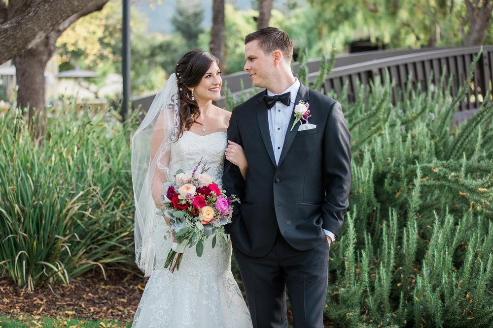 Sarah and Blake Married - Sneak Peeks -26.jpg