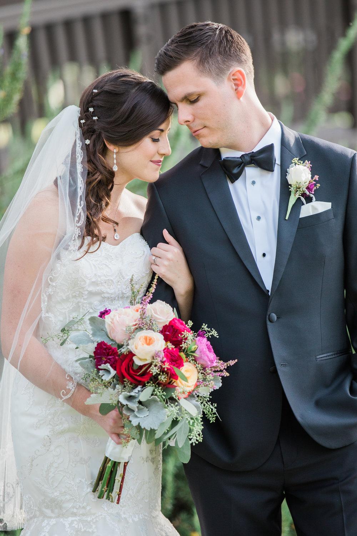 Sarah and Blake Married - Sneak Peeks -27.jpg