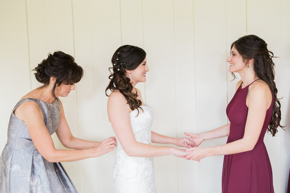 Sarah and Blake Married - Sneak Peeks -29.jpg
