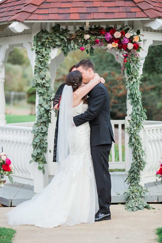 Sarah and Blake Married - Sneak Peeks -65.jpg