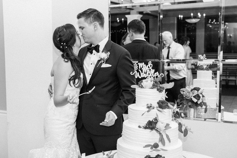 Sarah and Blake Married - Sneak Peeks -79.jpg