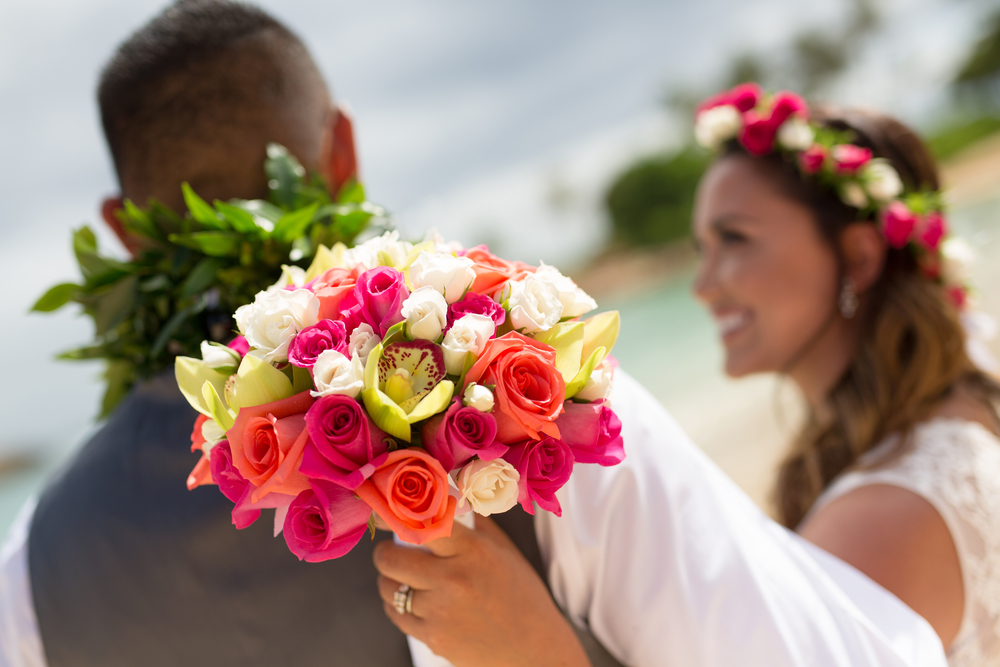 Florals:   Sweet Pea & Petunia   Location:   Aulani, A Disney Resort & Spa   New Featured Weddings:   biancaphotographyhawaii
