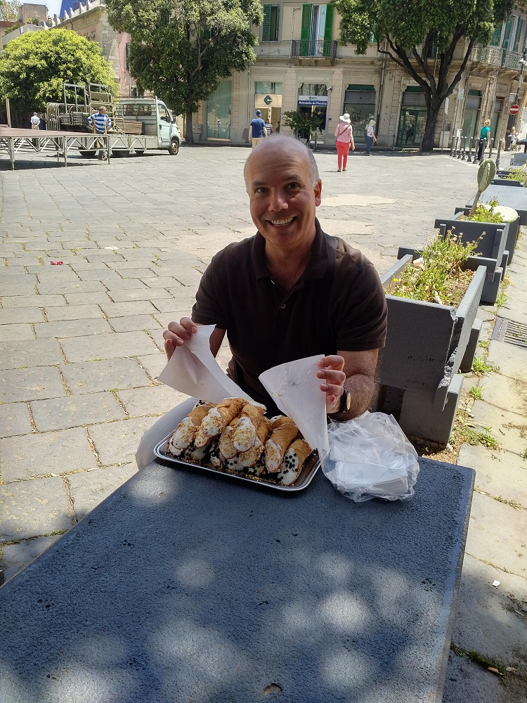 The best cannoli of Sicily, Messina