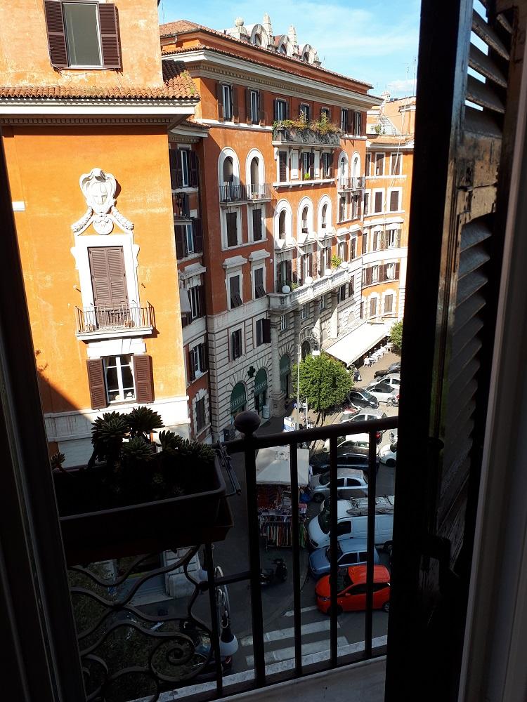 Piazza Verbano.jpg