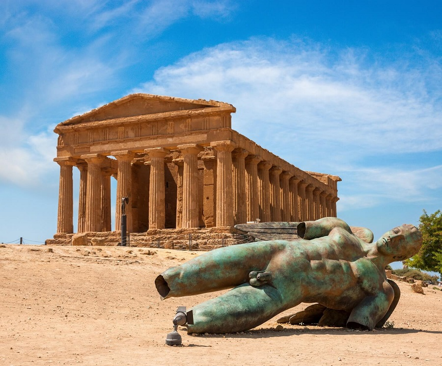 Concordia temple in the Valley of the Temples, Agrigento, Italy