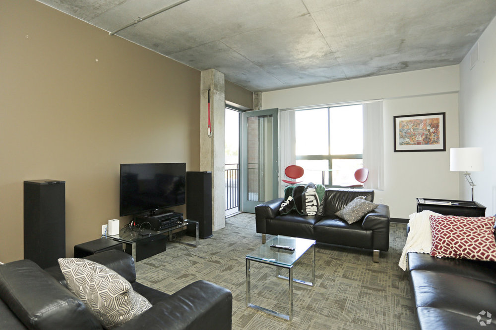 the-residences-east-lansing-mi-interior-photo.jpg