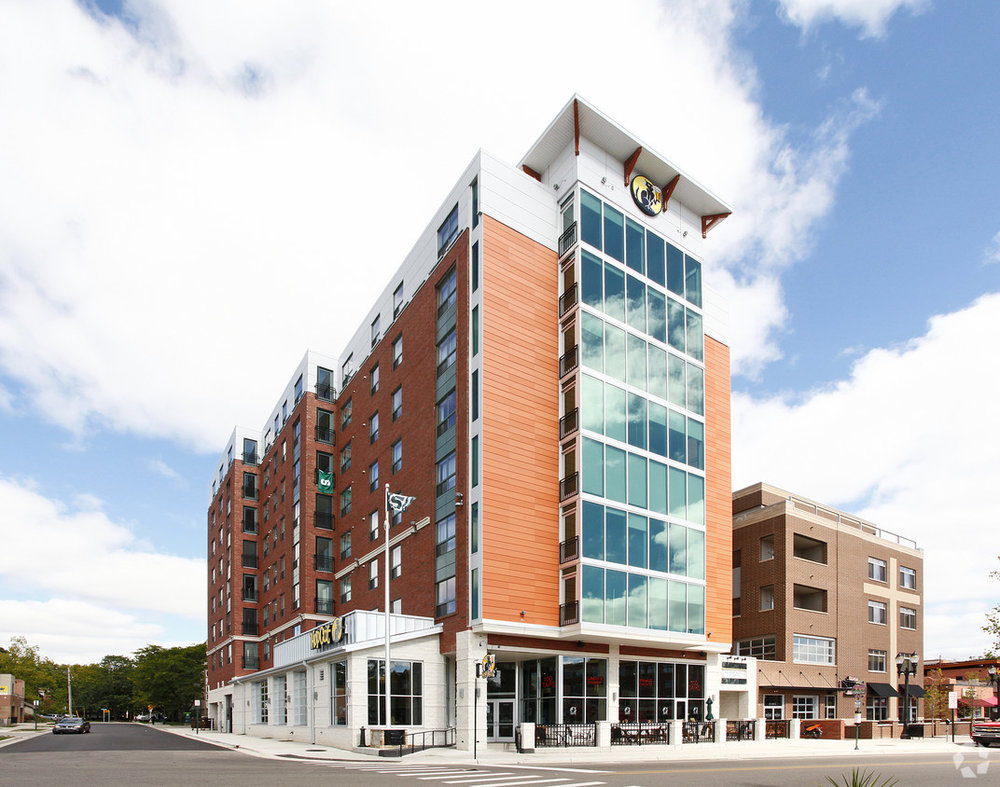 the-residences-east-lansing-mi-primary-photo.jpg